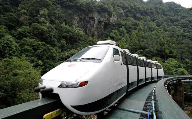 """【荷塘""""有奖金""""征文】火车(外二首)"""